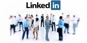 Si buscas una red social capaz dar a conocer su negocio con perosnas estrategicas, los contactos en linkedin son los más efectivos....